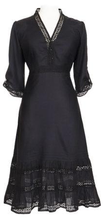 sort kjole med blonder